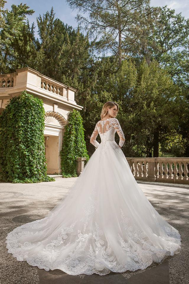 Eva Grandes princeznovské svatební šaty - Belinda záda svatební šaty