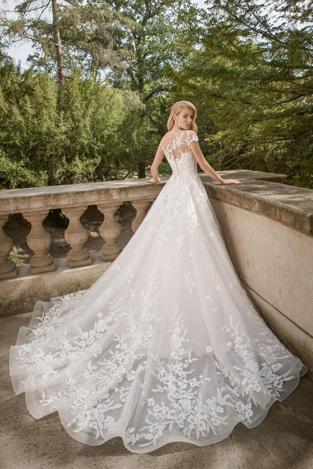 Eva Grandes princeznovské svatební šaty - Daisy zada svatebni šaty