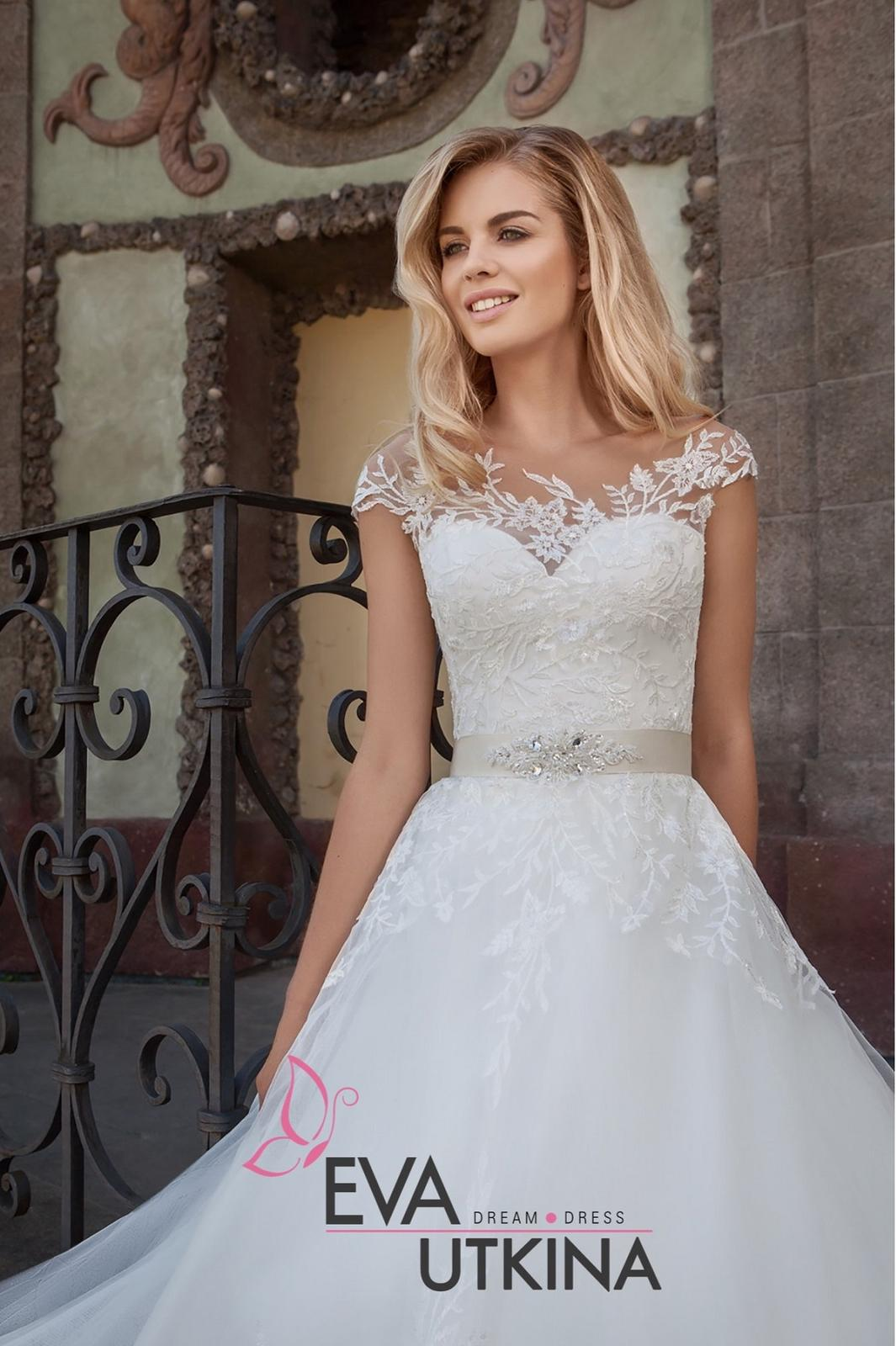 Eva Grandes 2021 svatební šaty na míru - Barbie - zbl Eva Grandes
