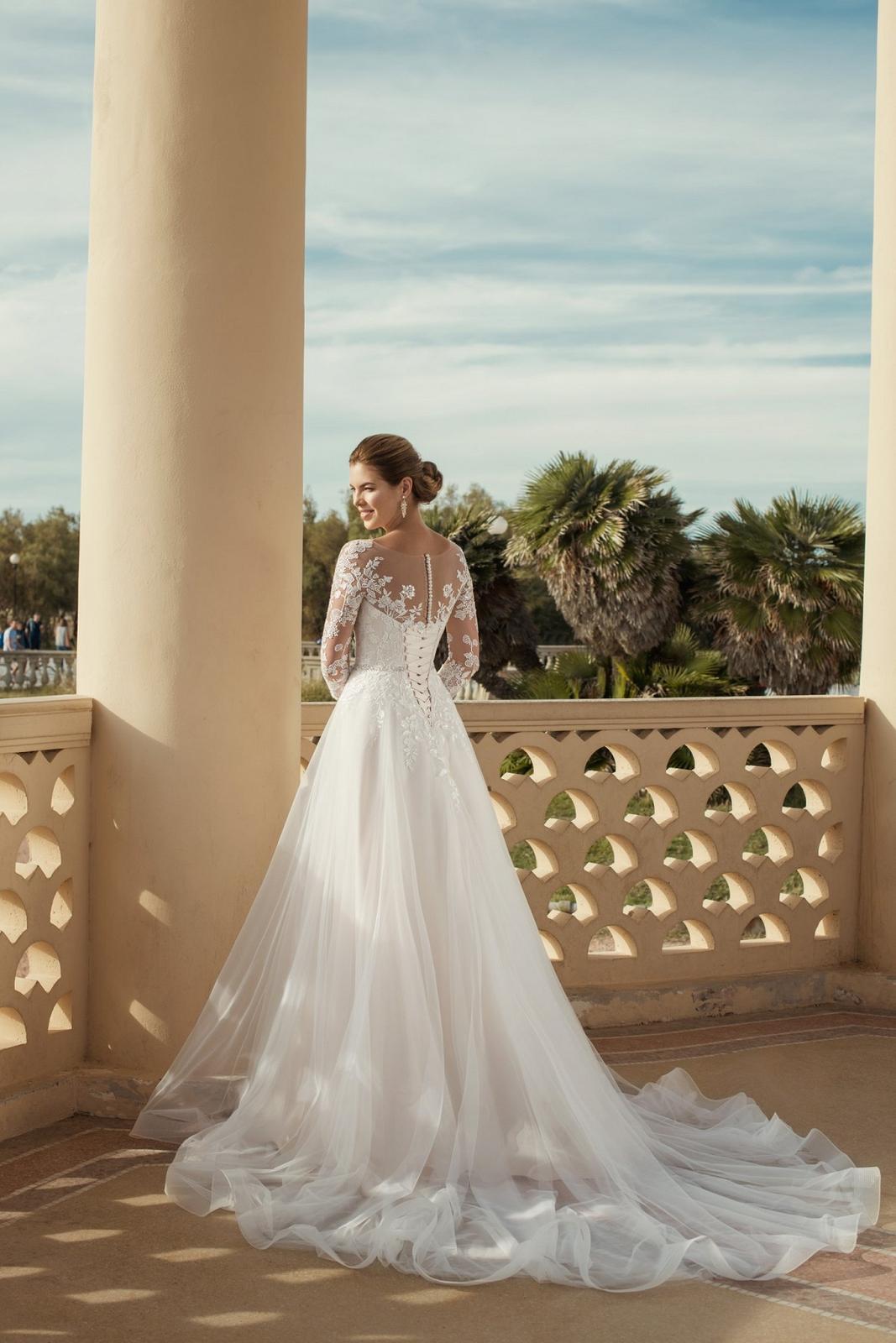 Eva Grandes 2021 svatební šaty na míru - Claris - Eva Grandes zada