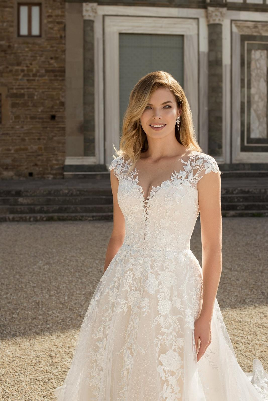Eva Grandes 2021 svatební šaty na míru - Miranda - Eva Grandes zbl