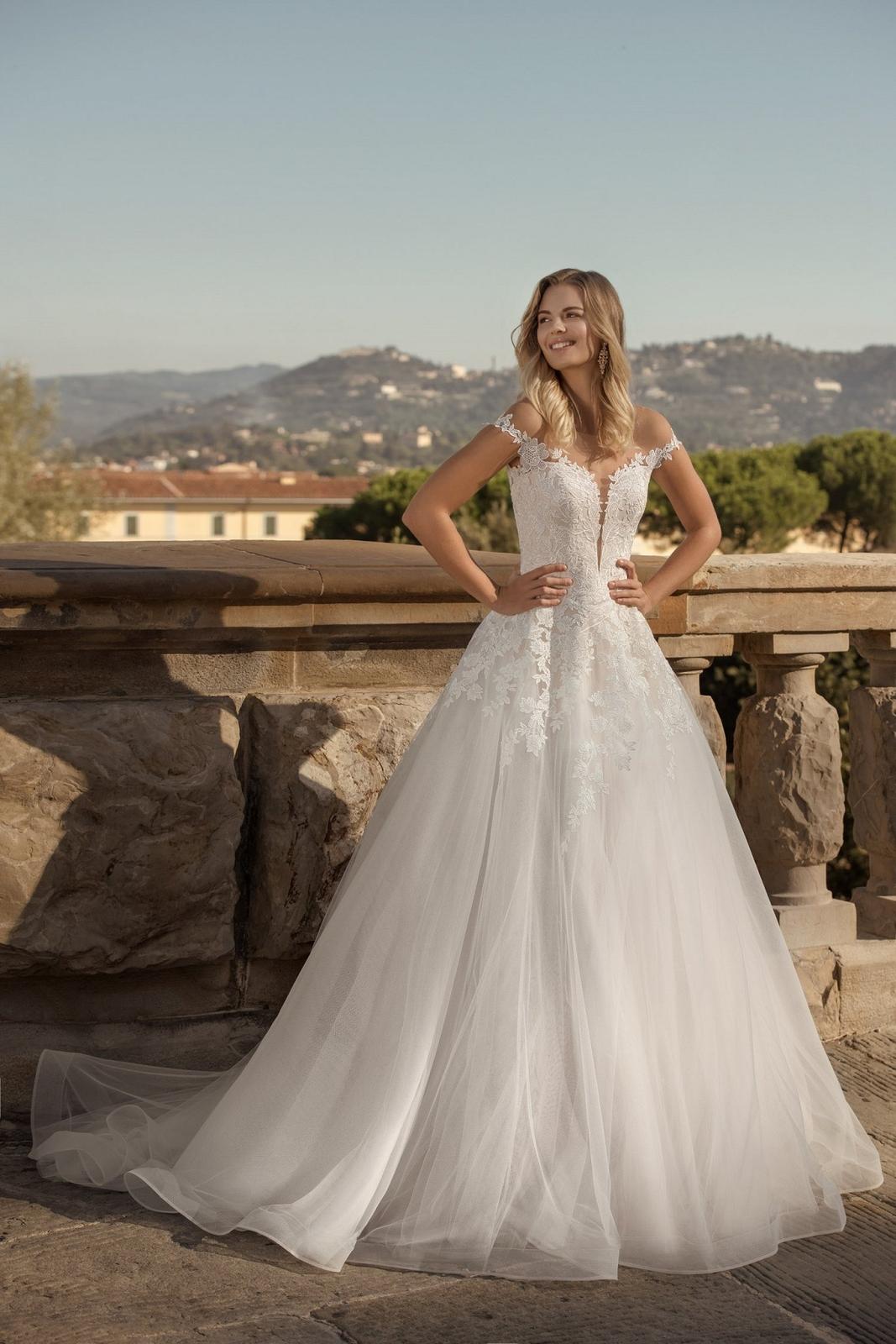 Eva Grandes 2021 svatební šaty na míru - Santi - Eva Grandes