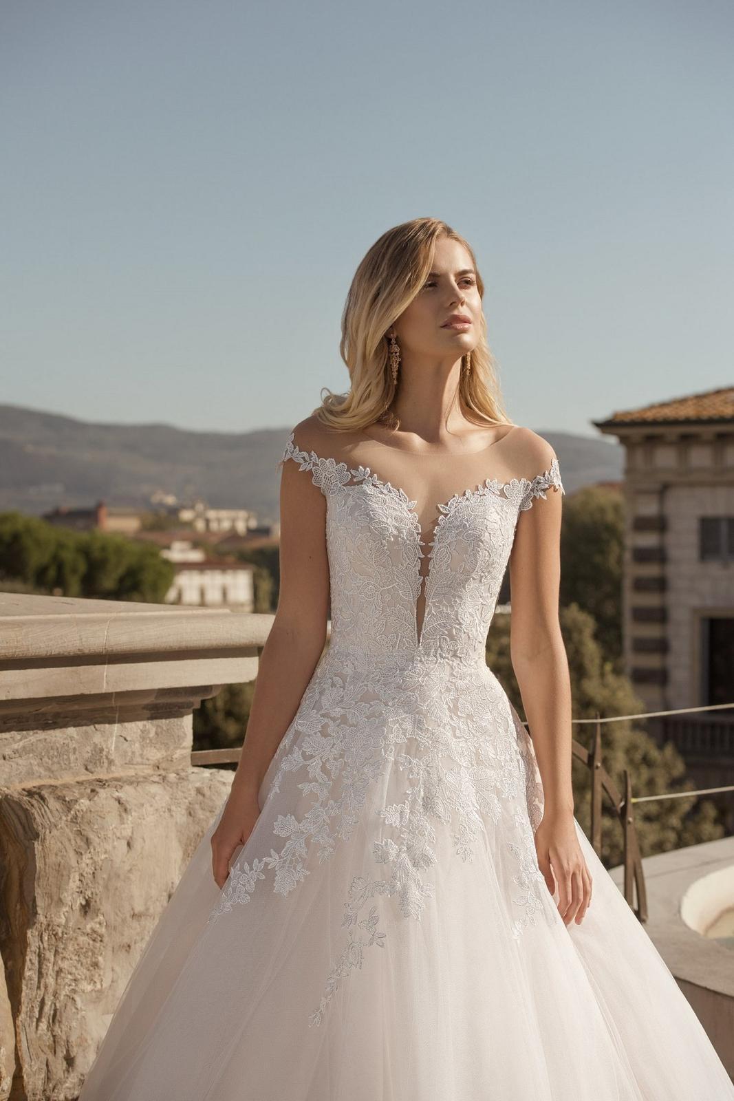Eva Grandes 2021 svatební šaty na míru - Santi - Eva Grandes zbl