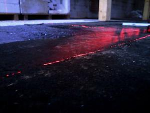Dneska byla na stavbě taka kosa,že sem si musel zatančit a spestřil sem si to aji laserovou šou.