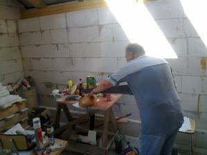 Majster kuchař nam připravil dneska chlebové řezy....