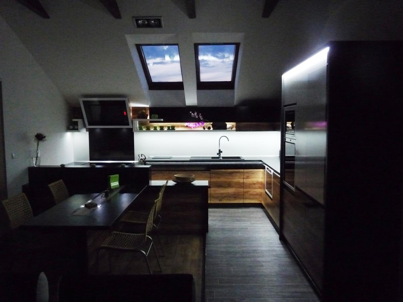 Kuchyňské linky....realizace - Obrázek č. 6