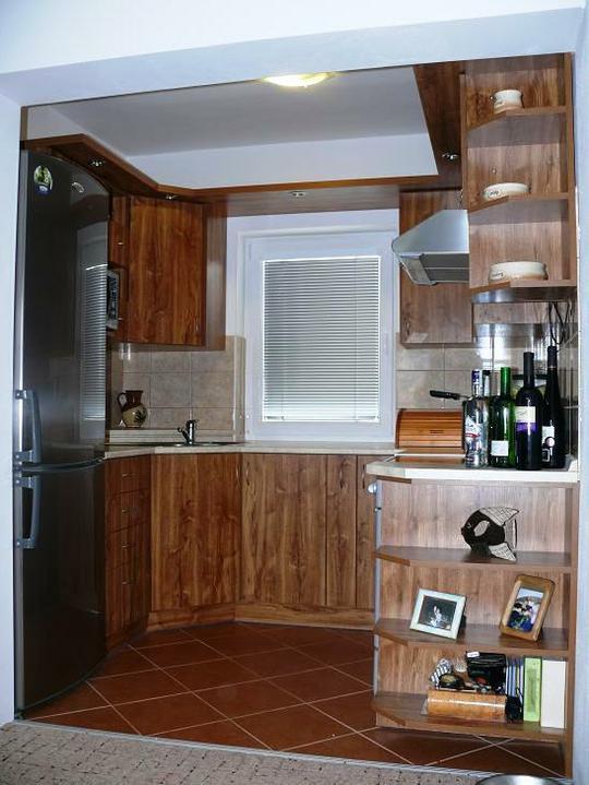 Kuchyňské linky....realizace - V malém prostoru