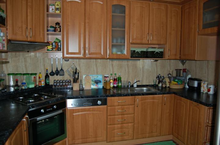 Kuchyňské linky....realizace - Olše+černý mramor