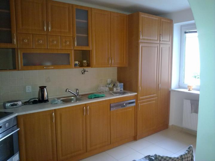 Kuchyňské linky....realizace - Vestavěná lednice+spižírna