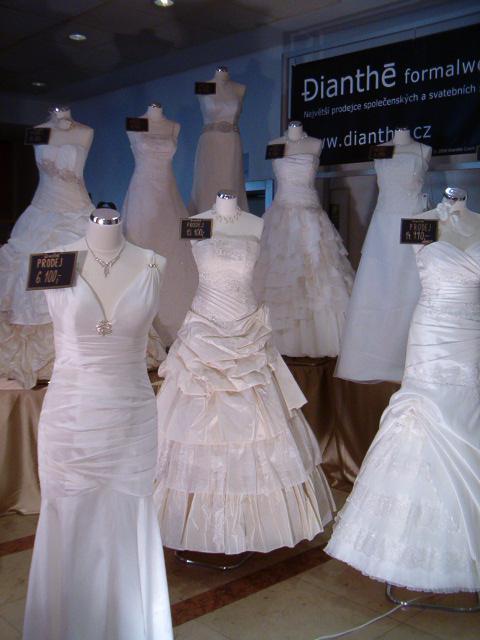 Přípravy a skutečnost :o) - ..na svatebním veletrhu..