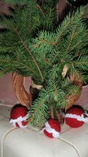 Vánoční ozdoby,jak jinak než ze svetru :O)