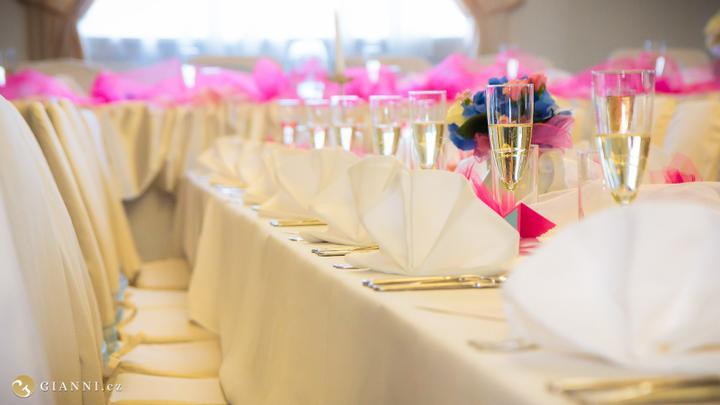Svatební hostina  v Hotelu Svornost - Obrázek č. 24