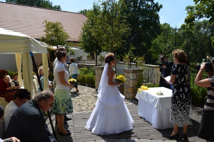 Svatební hostina  v Hotelu Svornost - Obřad nádvoří pivovaru