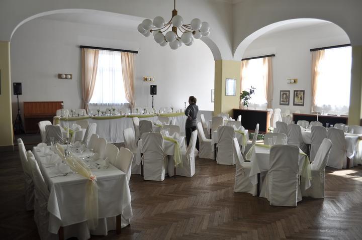 Svatební hostina  v Hotelu Svornost - Obrázek č. 34