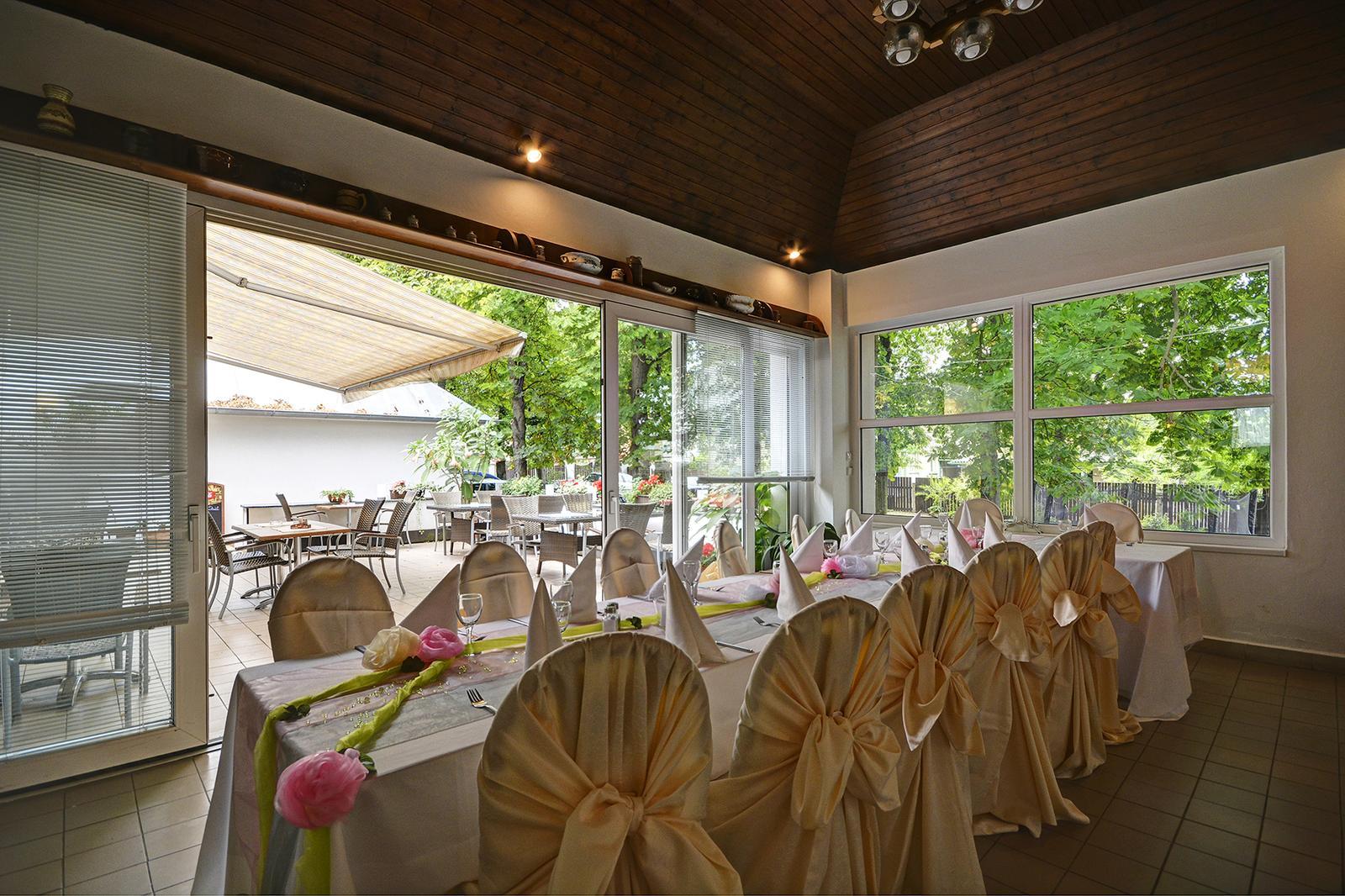 Svatby 2016 - Salonek s letní terasou