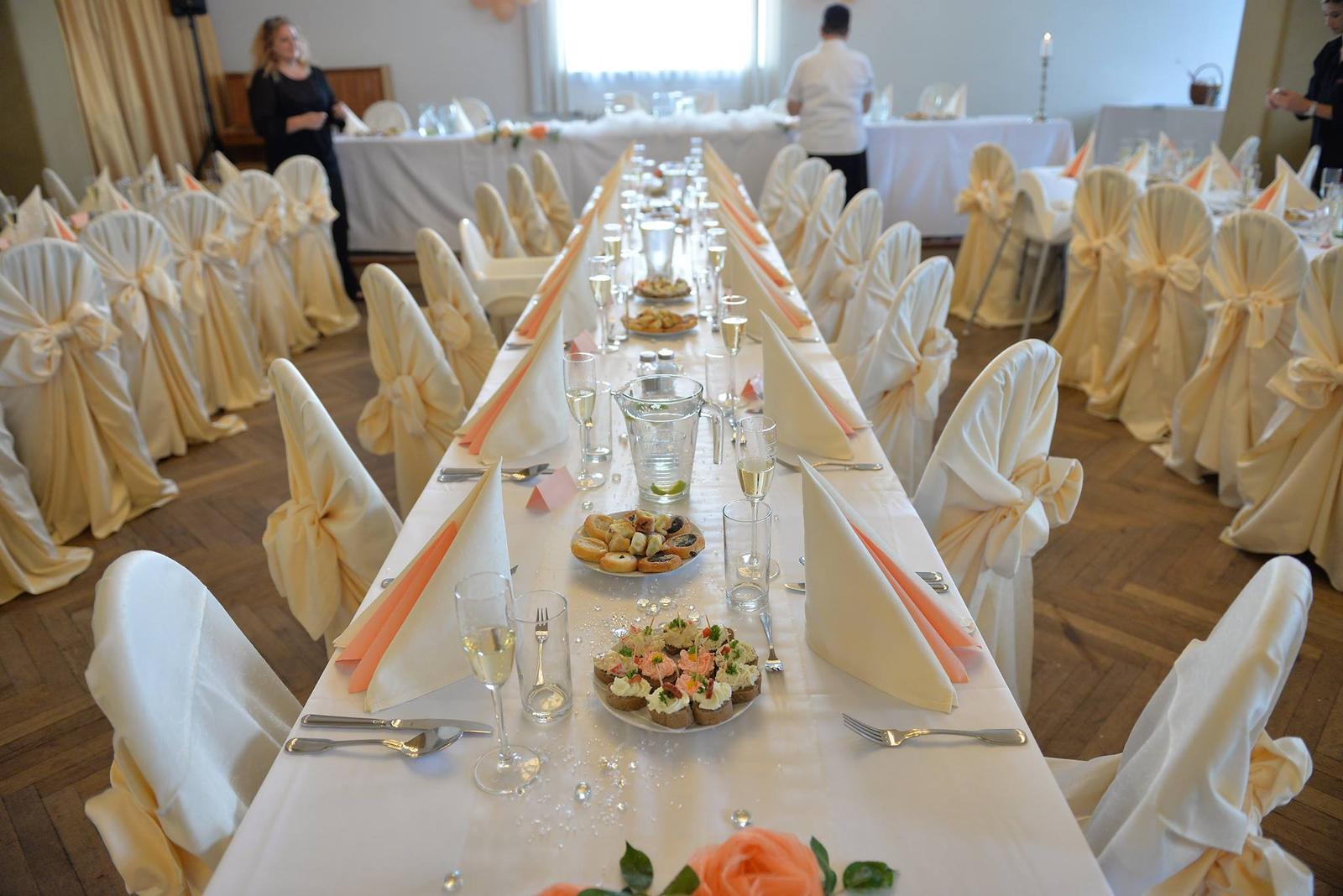 Svatby 2017 - slavnostní tabule