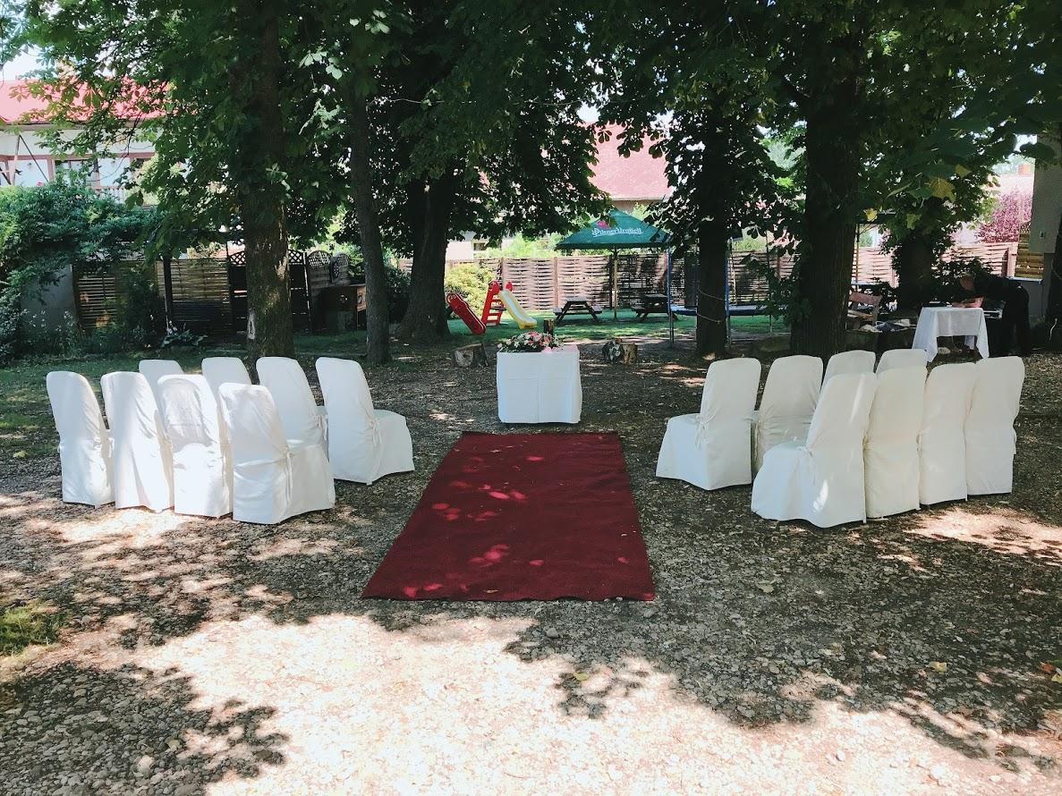 Svatba 2018 - Obřad zahrada hotelu