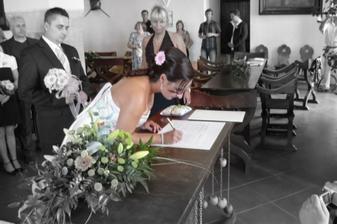 první podpis