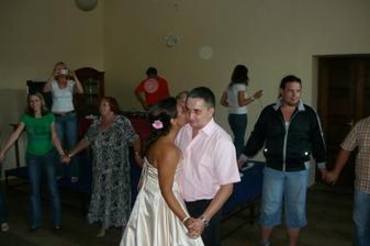 První tanec-ještě že tě lásko mám