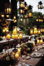 Všude spousta svíček, to je moje :-)