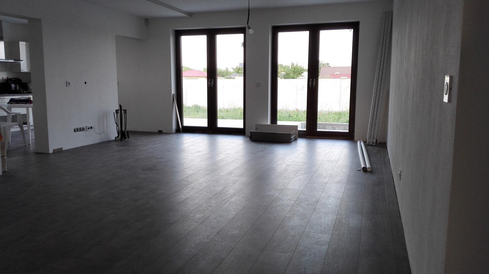ARD Dekor 8 - 11.04. Podlaha na prizemi je dokoncena