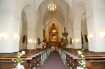 Nazdobený kostelíček