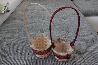 košíčky pro družičky na okvětní plátky (levý potřebuje ještě dodělat)