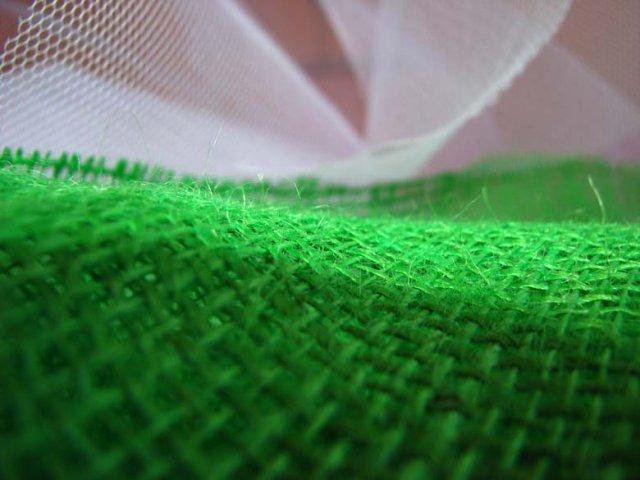 P*Z - zelená juta na dekorácie