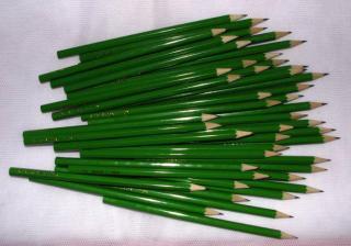 ceruzky ku svadobným novinám