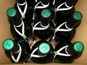 vínečko už čaká pekne ozdobené