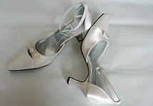 Naše prípravy - moje svadobné topánky