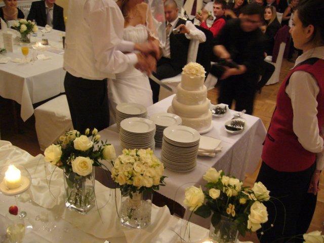 Detaily našej svadby - svadobná torta