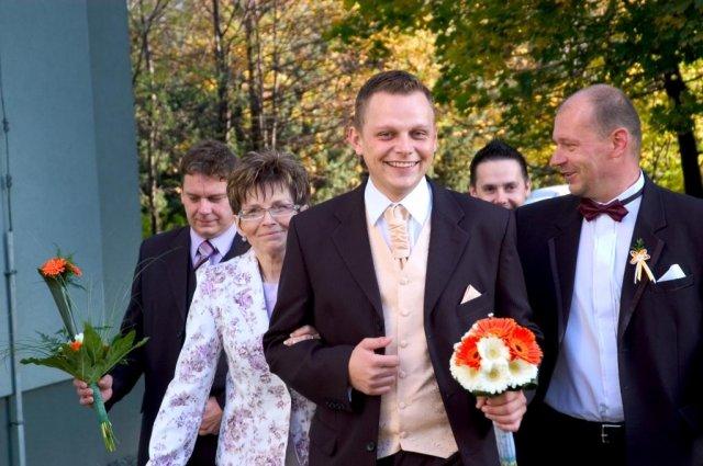 Veronika{{_AND_}}Tomáš Bělešovi - a jde se pro nevěstu .... :-)))