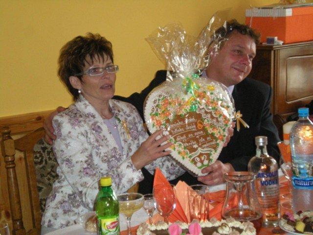 Veronika{{_AND_}}Tomáš Bělešovi - děkovné srdce pro rodiče Tomáška
