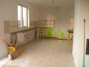 Budoucí kuchyň, zatím slouží jako testovací stěna :o)