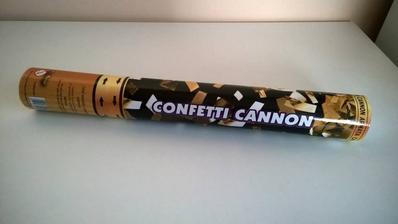 vystřelovací konfety :-)z http://www.svatbysandra.cz/