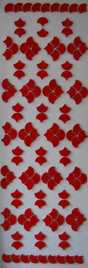 Představujeme plastickou jasně červenou skleněnou mozaiku tvaru mušle - Obrázok č. 2
