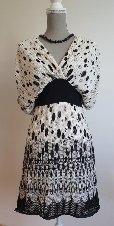 lahulinké šaty - Obrázok č. 1