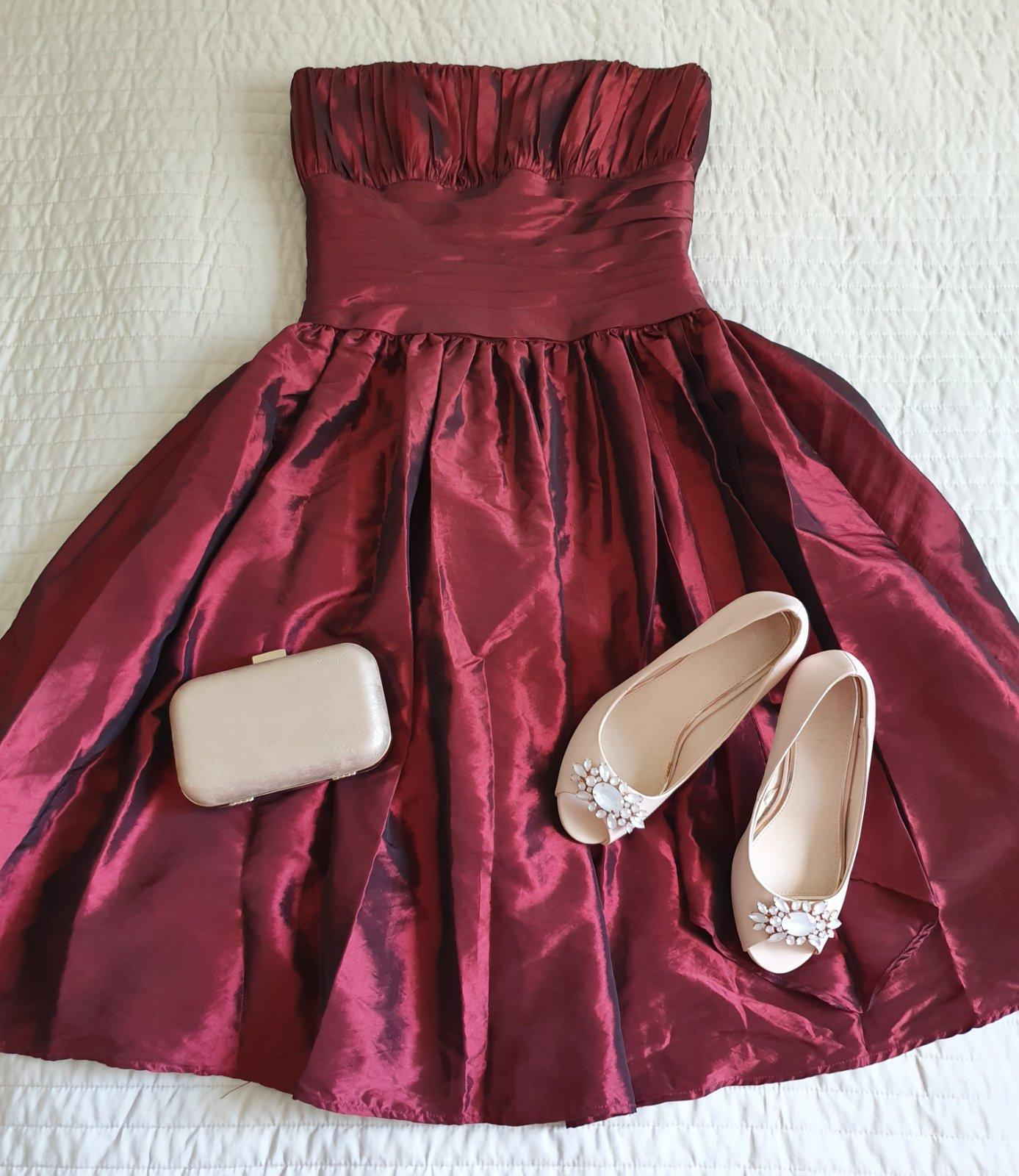Nádherné spoločenské šaty - Obrázok č. 1