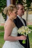 Nevěsta - svatební účes a svatební líčení