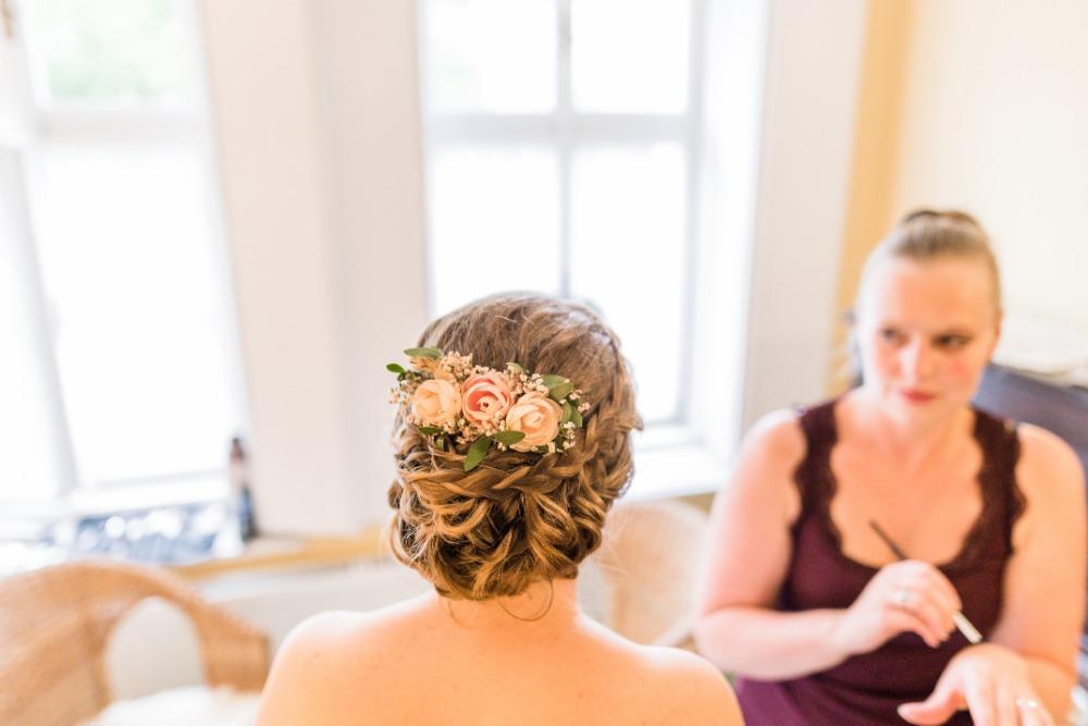 majasfancy - Svatební účes a líčení pro nevěstu