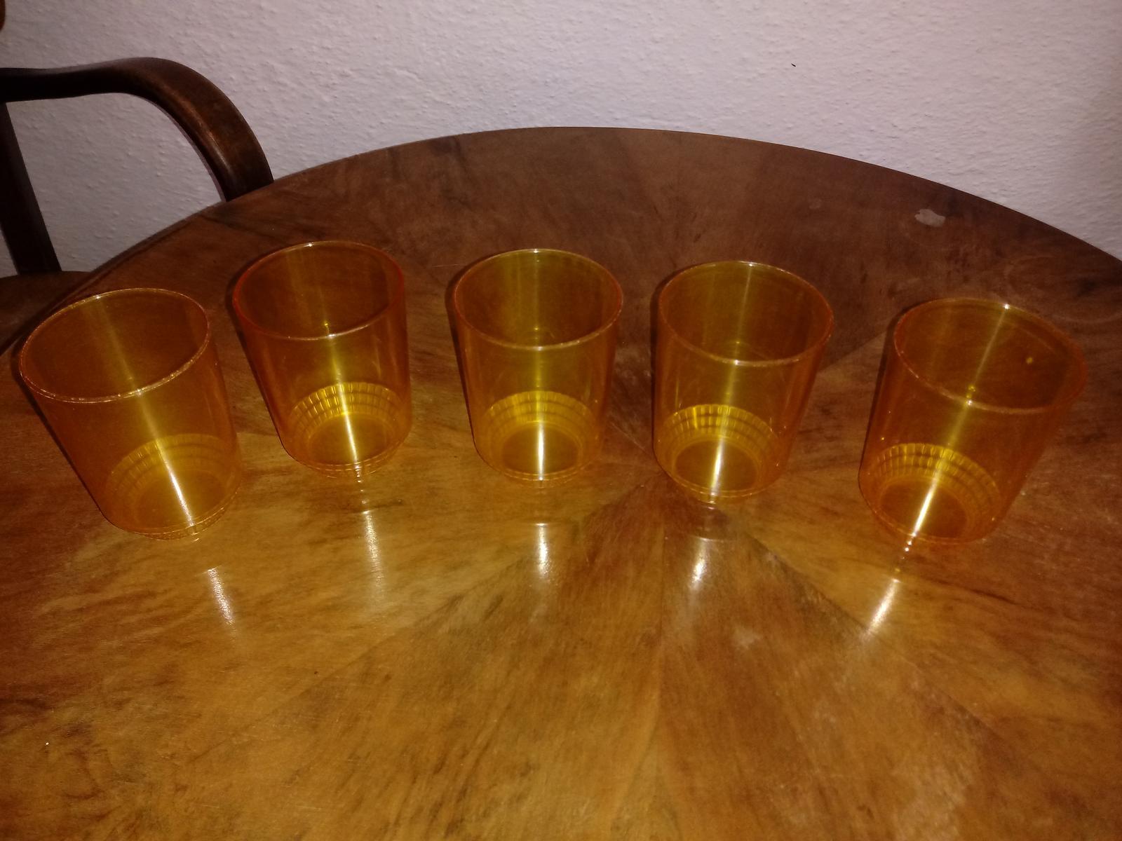 Žlté poháre - Obrázok č. 1