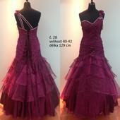 Plesové šaty dámské č. 28, 40