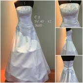 Svatební šaty č. 8, 40