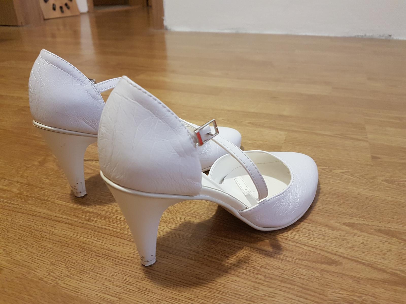 Snehobiele topánky  - Obrázok č. 4