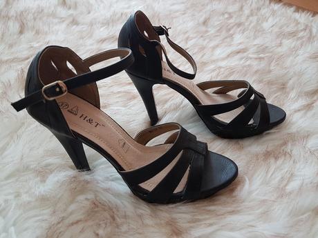 Elegantné sandále  - Obrázok č. 1