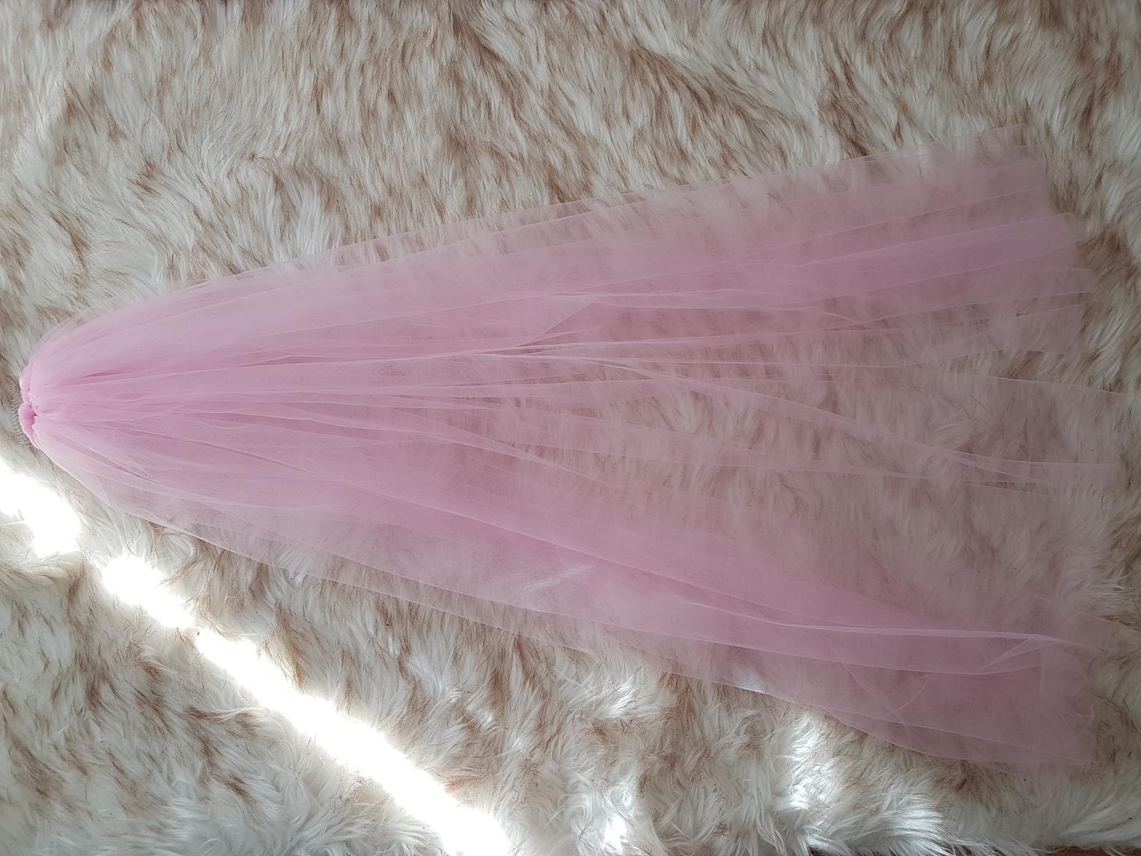 Romantický ružový závoj z veľmi jemného tylu - Obrázok č. 2