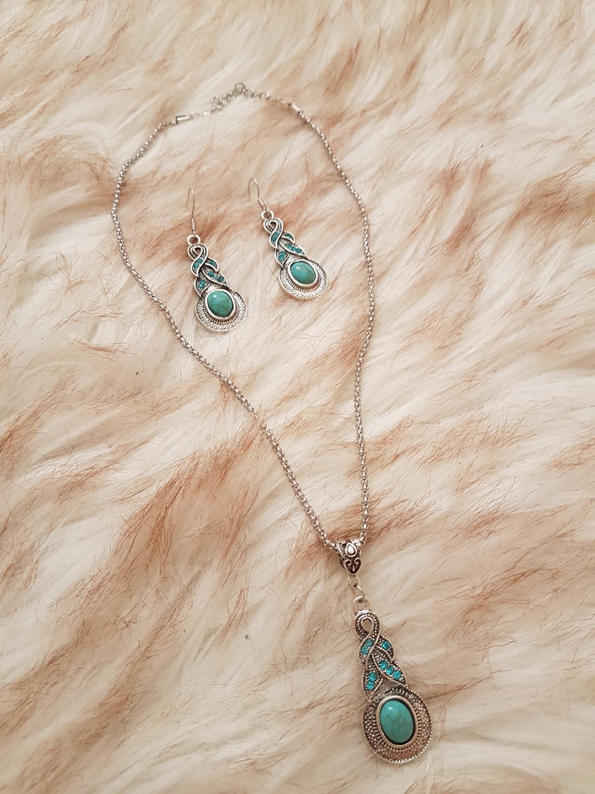 náhrdelník s náušnicami - Obrázok č. 1