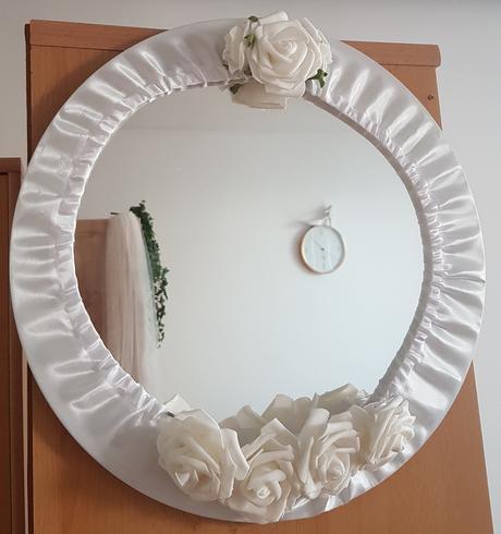 Zrkadlo so svadobným poťahom  - Obrázok č. 1
