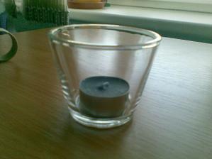 Svícínky na stůl..